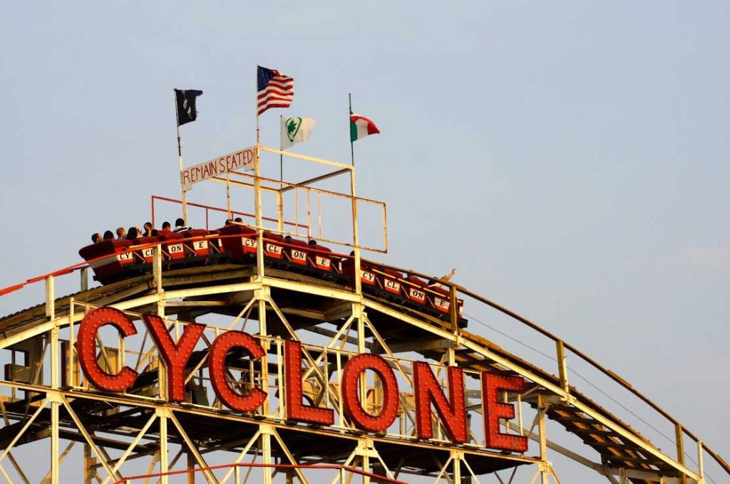 Coney_Island_Cyclone
